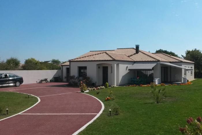 Constructeur maison contemporaine près de Aubigny - Les Clouzeaux